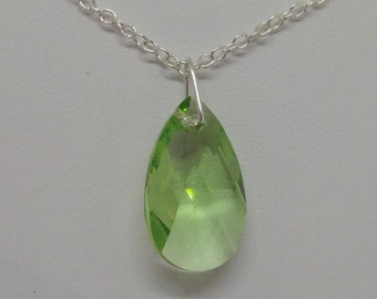 Sterling Silver Swarovski Crystal Peridot Teardrop/ Pear Necklace (August Birthstone)