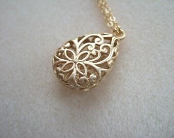 Puffy Floral Teardrop Pendant Necklace