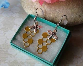 Bumblebee Honeycomb  Earrings