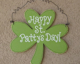 Hanging Happy St. Patty's Day! sign for St. Patricks Day, wall, door hanger, and  home decor