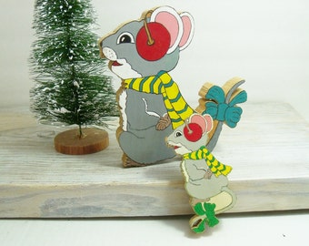 Vintage Wood Christmas Mice Hand Carved Hand Painted Wooden Blocks 1960s