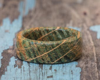Green Tennessee Whiskey Barrel Ring - Dyed Wood Ring Anniversary Gift Wedding Ring Mens Engagement Ring Womens Band Forest Green Wooden Ring