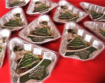 5 Xmas Tree-Shaped Baking Tins - Reusable, Recyclable, & w/Clear Lids
