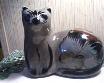 Mexican ceramic cat pottery