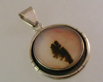 Vintage  Montana Agate Large Pendant in Sterling Silver.....  Lot 5052