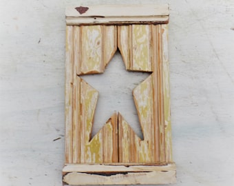 Folk Art Star,Reclaimed Wood Art, Star Wall Decor, Rustic Wood Star, Nursery Decor, Recycled Wood Decor,  Wooden Star, Americana Decor