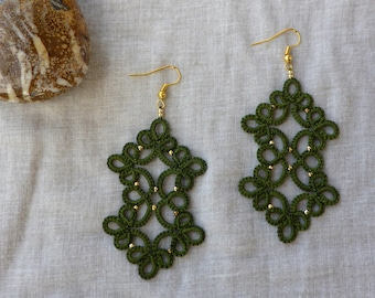 Army green tatted lace earrings , tatting lace , statement jewelry , tatted jewelry , frivolite , lace jewelry , chiacchierino