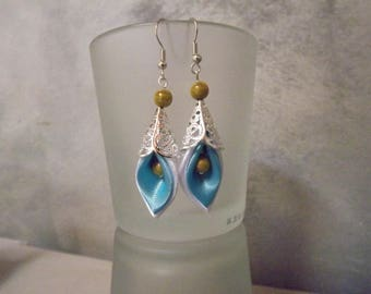 kansashi white and turquoise earrings