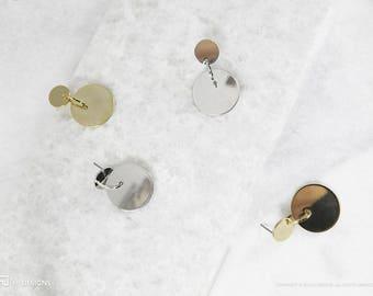 Poppy Earrings - Geometric Earrings • Birthday Gift • Gift for Friend • Circle Earrings • Shiny Dangle • Sister • Everyday • Minimalist