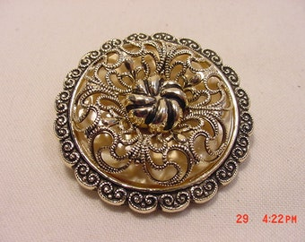Vintage Unmarked Western Germany Filigree Scarf Holder  16 - 898