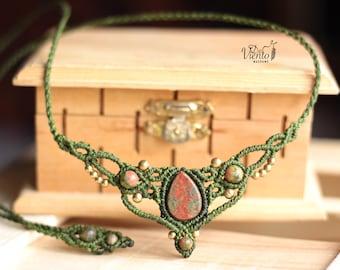 Macrame Tiara in green with Unakita/Headband or necklace green with Unakite stone/Bohemian Jewelry/Joyeria Festival