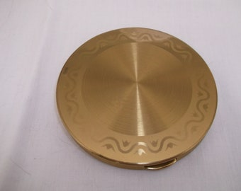 Vintage Wadsworth Compact Gold Toned with Tulip Design