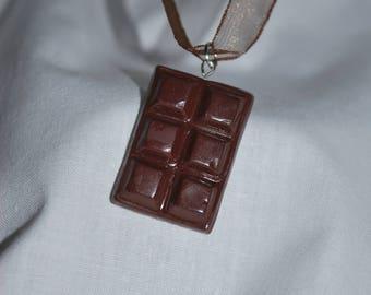 Gourmet dark chocolate necklace