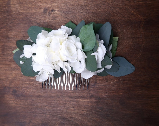 White hydrangea and roses Eucalyptus greenery wedding hair comb