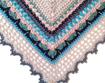 SOLD - Crochet Shawl in 100% fine merino superwash wool - Sunday Shawl - Wrap Scarf