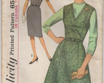 """1960's Simplicity Sheath Dress with two skirt styles and Blouse Pattern - Bust 42"""" - No. 5209"""