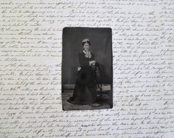 Vintage Tin Type - Young Woman