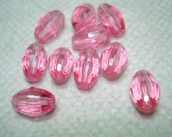 Pink Faceted Oval Acrylic Beads (Qty 10) - B3095