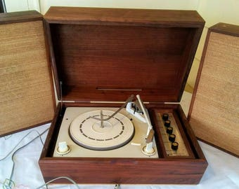 Vintage Record Player with Speakers/Midcentury Record Player/Reader's Digest Cyclophonic Turntable/1950's Record Player in Wooden Box
