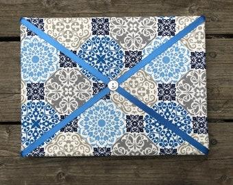 Blue Fabric Board w/ Light Blue Ribbon (SC)