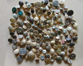 Large lot of assorted vintage gold buttons