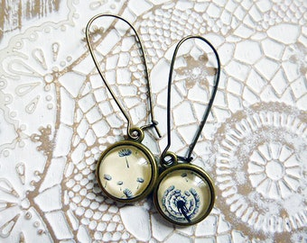 Woman black vanilla dandelion Flower Earrings stud earring 12 mm diameter handmade cabochon earrings