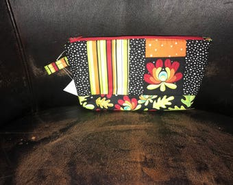 quiled make up /cosmetic zipper pouch