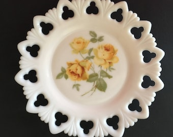 Vintage Milk Glass Yellow Rose Lacy Plate, Lacy Border White Glass Plate - B1