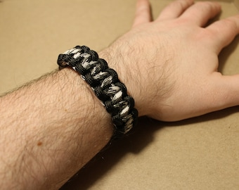 8.5 inch Urban Camo w/ Black COBRA weave paracord survival bracelet