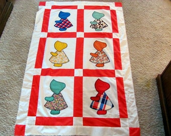 Baby Quilt Top with Sun Bonnet Sue / Sun Bonnet Sue Baby Quilt Top Hand Appliqued