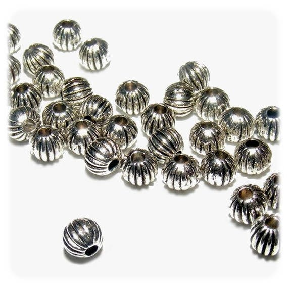 Round 4 mm silver color metal beads x 50