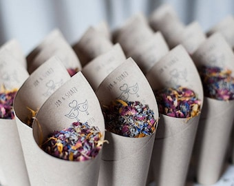 Wedding confetti cones personalised Love Birds style  Pack of 5