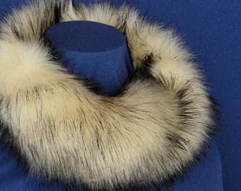 Faux Fur Scarf - Cream  Faux Fur Cowl - Short Faux Fur Infinity Scarf