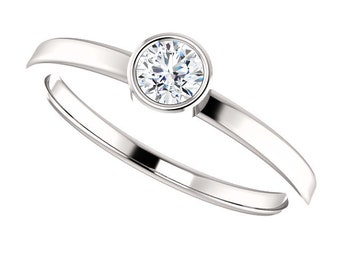 14K White 1/4 CT Stackable Diamond Ring