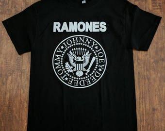 NEW †Ramones† Classic Presidential Seal Tshirt