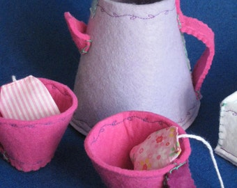 SERVICE FROM THE felt toy-handmade