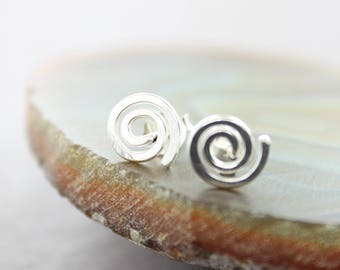 Tiny swirl stud earrings, Sterling silver stud earrings, Post earrings, Spiral earrings, Swirl earrings, Minimalist earrings - EP001