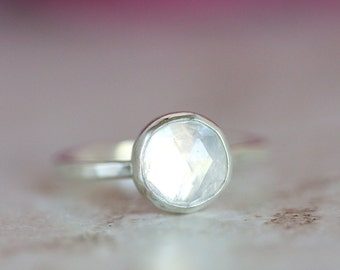 Rainbow Moonstone Ring, Rose Cut Moonstone Round Ring, Rainbow Moonstone Silver Ring