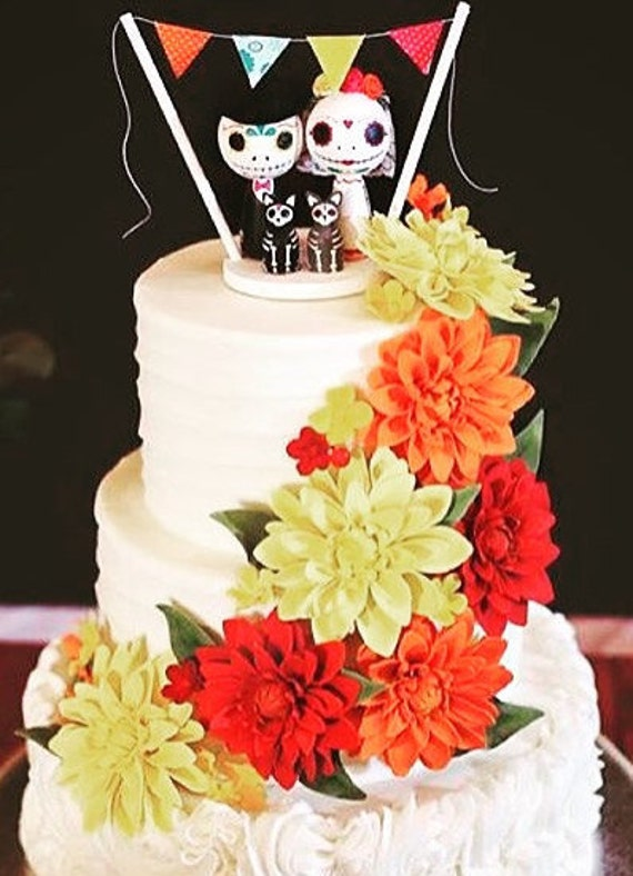 Items similar to Day of the Dead Kokeshi Doll Wedding Cake Topper ...