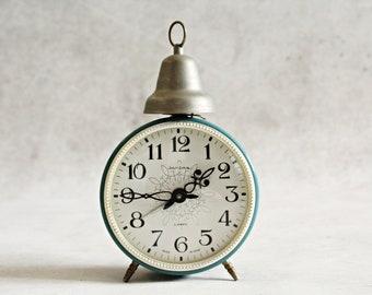 Vintage alarm clock, Soviet alarm clock, Jantar, 4 jewels, made in USSR, mechanical alarm clock, turquoise alarm clock
