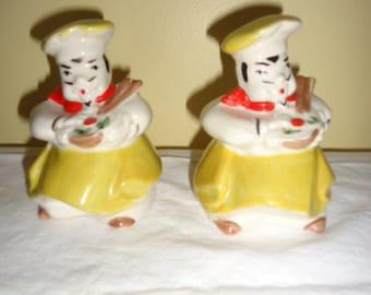 Rare Vintage Regal China Salad Chef Cook Baker Salt & Pepper shakers