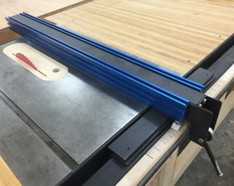 Table saw fence with incremental positioning (plans)