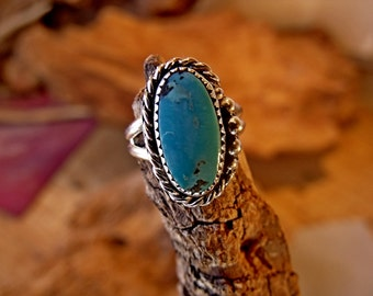 Sterling Silver Ring with 6mm Turquoise stone RF666