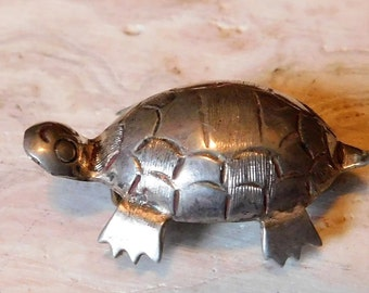 I am turtle from Mexico  sterling silver signed southwestern western  womens jewelry  estate jewelry vintage jewelry turtle pin loveme~