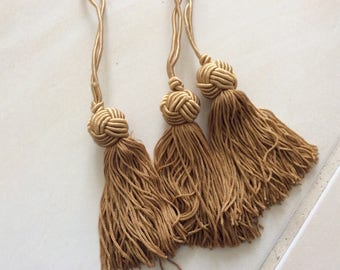 Tassel color coffee length 9 cm