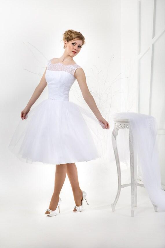 Vintage inspiriert Tee Länge Brautkleid mit Spitzekorsett