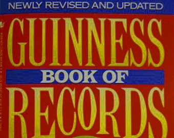 """Guinness Book of World Records """"The Giant 1992 Edition Newly Revised and Updated"""""""