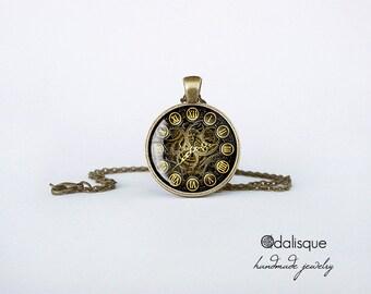 Vintage Steampunk Clock Pendant Necklace Bronze Glass Pendant Jewelry Handmade Gift cb120