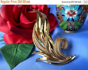 Mothers Day Sale Vintage Grosse 1965 Signed Gold Tone Brooch, Signed Grosse Gold Tone Leaf Brooch, Vintage 1965 Grosse Gold Tone Pin, Vintag