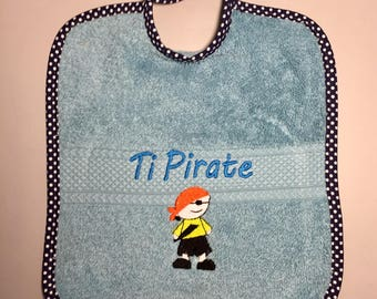 Bib embroidered with 100% Terry cotton.